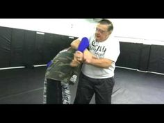 Billy Robinson Teaches Catch Wrestling Standing Posture Breaks - YouTube