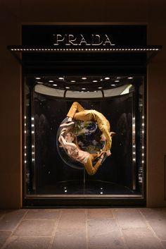 Prada - The Iconoclasts GET MORE INSPIRATION http://vit-rina.blogspot.co.il/