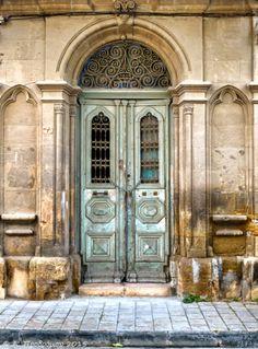 Πόρτα - Door, Οδός Ηρακλέους, Λευκωσία εντός των τειχών, Κύπρος (Erakleous street, Nicosia within the walls, Cyprus).