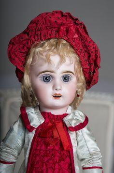 "16"" (40 cm) Antique French Jumeau Bebe Doll"