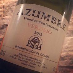 Ein leckerer Verdejo aus 80 Jahre alten Reben und aus der Rueda-Region, noch dazu mit 89 Parker-Punkten ausgestattet – für 4,99 Euro??? Muss man testen...  http://www.weinbilly.de/verdejo/azumbre-verdejo-rueda-2012-weiswein-bei-aldi-sud