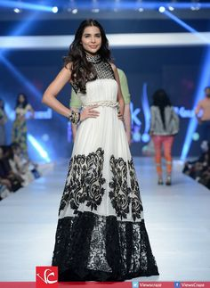 Gul Ahmed's Collection at PFDC Sunsilk Fashion Week 2015 Desi Clothes, Indian Clothes, Indian Outfits, Fashion Week 2015, Fashion Weeks, Latest Fashion Trends, Bridal And Formal, Wedding Wear, Asian Style