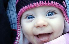 Oh how I love little ones even the ones I don't even know! Look at this happy baby... Makes you smile!