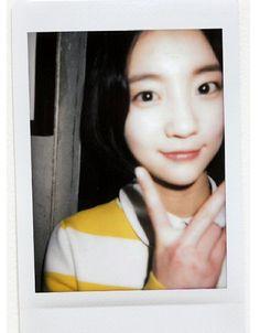 l Name (Real Name): Binnie (Bae Yoo Bin) Position: Vocal,dancer Birthday (Y.