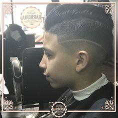 JuanGer Barberia. B. de Irigoyen 63, Concordia, Centro. #hairshow #hairdone  #style #freshfade #babylisspro #barbiere #london #truebarberproducts #skinfade #sidepart #scottishbarber #scissors #oldschool #dearbarber #silverfox #wahl #twistsponge #mensgrooming #barberindustry #nicestbarbers #peluqueriabarcelona #peluqueria #peluqueriamasculina#peluqueriadeautor #peinadoshombres #peinadoshombre #peinados #peinadosdemoda #instagram #happy