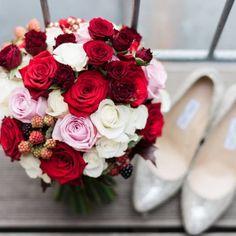 schöner roter Brautstrauss