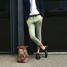 Look dashing and stand out with these Gentleman's Cropped Pants in Olive Cropped Pants, Khaki Pants, Alpha Male, Gentleman, Shopping, Fashion, Moda, Khakis, Gentleman Style