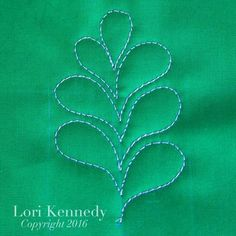 The Easy Feather-A Machine Quilting Tutorial - Lori Kennedy Quilts Quilting Stitch Patterns, Hand Quilting Designs, Machine Quilting Patterns, Quilting Stencils, Quilt Stitching, Quilt Patterns, Longarm Quilting, Quilting Ideas, Lori Kennedy Quilting Tutorials