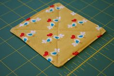 Miss Make: Tutorial: How to Make Fabric Coasters