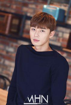 Park Seo-joon (박서준) - Picture @ HanCinema :: The Korean Movie and Drama Database Park Seo Joon, Teen Boy Fashion, Korean People, Boy Models, Boy Pictures, Asian Hair, Korean Music, Cut And Style, Kpop
