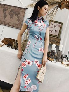 Traditional Dresses, Modern Traditional, Traditional Chinese, Chinese Suit, Dress P, Party Dress, Chinese Clothing, Cheongsam, Different Styles
