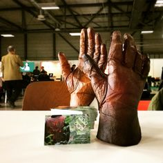 ScobyTec Touch Gloves at Germany's Green Party convention 2015 Green Party, Kombucha, Gloves, Thesis, Experiment, Leather, Textiles, Science, Touch