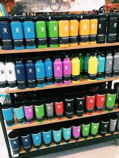 I would like a Raspberry color, 18 or 32 oz Hydro Flask. With a Mouth Insulated Sport Cap to go with. I would like a Raspberry color, 18 or 32 oz Hydro Flask. With a Mouth Insulated Sport Cap to go with.