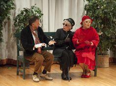 """Escena 2 """"Ni pobre ni rico sino todo lo contrario"""" Primera representación Compañía Teatro Montearagón - Marzo 2014. Obra de Miguel Miura"""