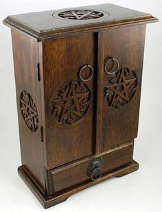 Wiccan Altar Tools Wood Pentagram Cupboard Chest $42