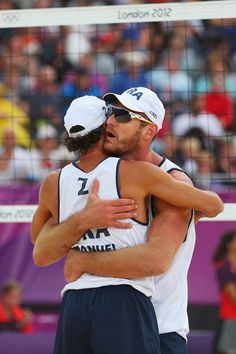 Olympics+Day+2+Beach+Volleyball+XyhWAYbOghql.jpg (396×594)