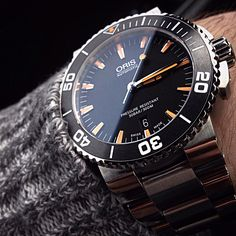 Oris Aquis black and orange, swiss watch