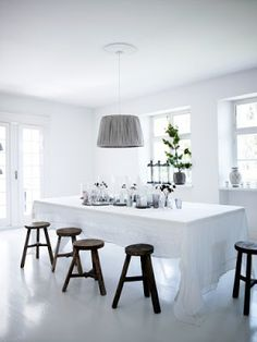Plenty of space in the light and airy dining room in the home of Tine Kjeldsen, tinekhome.