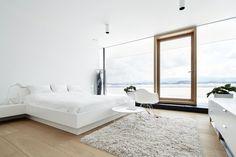 Cabina Armadio Moderna Yoga : Camera da letto moderna parete mattoni armadio bianco letto legno