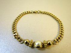 Vintage Link Bracelet Gold Links Faux Caged Pearl Accent Bracelet Dainty Feminine 1970's Retro Bracelet Curb Diamond Cut Chain Links by BonniesVintageAttic on Etsy