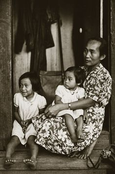 photo essay everyday life in th century honolulu hawaii  photo essay everyday life in 20th century honolulu