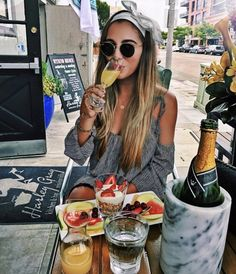 – Hunt for Styles Cute Instagram Pictures, Instagram Pose, Instagram Ideas, Restaurant Pictures, Luxury Lifestyle Fashion, Portrait Photography Poses, Beach Poses, Insta Photo Ideas, Picture Poses