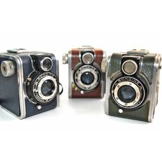 I lust for this vintage Ferrania Rondine Box Cameras Trio.