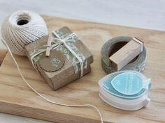 Little Hannah: DIY: envuelve una caja en cinco sencillos pasos