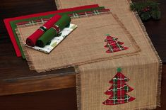 DII Jute, Holiday Embroidered Tree, 14 x 72 Fringe Burlap Table Runner Burlap Christmas Decorations, Christmas Placemats, Christmas Sewing, Christmas Home, Christmas Swags, Rustic Christmas, Christmas Table Linen, Advent Wreaths, Nordic Christmas