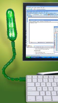 Pickle USB Light   FunSlurp