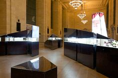 Eyewear from the Beginning to the Future, Grand Central Terminal, New York City (A.R.E Awards) store design