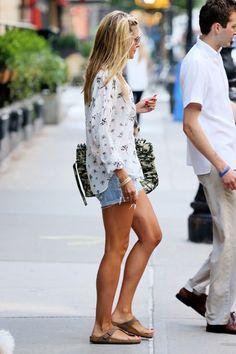 See even Heidi Klum wears Birks!