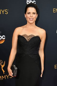 Neve Campbell Looks So Good at the Emmys, We Want to Scream