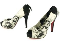 Iron Fist shoes. These I want for summer!