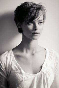 Long-pixie-cut-with-bangs.jpg 500×749 pixels