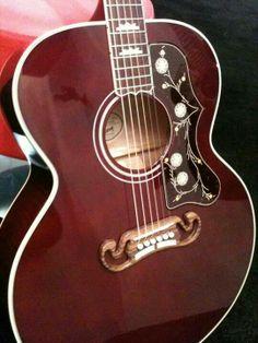 Gibson SJ200 Acoustic
