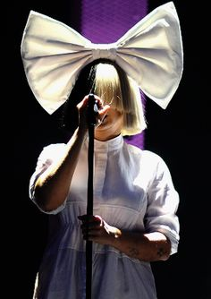 Known for songs like Breathe Me and Titanium, Sia achieved world fame and success with her. Sia Kate Isobelle Furler, Sia Music, Sia And Maddie, Acid Jazz, Dodie Clark, Keyshia Cole, Jazz Band, Famous Singers, She Song
