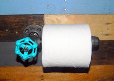 Industrial Toilet Paper Holder by clever RAVEN