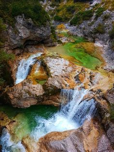 Nature and hiking – Ötscher Tormäuer Nature Park: the most beautiful hike in Lower Austria Source by jobreid Bike Photography, Spring Aesthetic, Heart Of Europe, Last Minute Travel, Spring Home, Of Wallpaper, Us Travel, Austria, Places To Visit