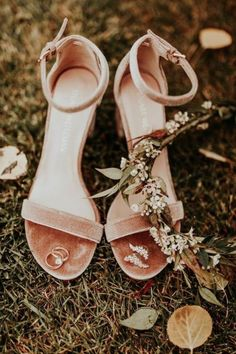 ffb39635b 32 Edgy Fall Wedding Shoes And Boots