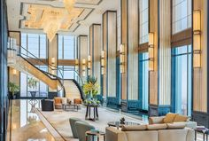 Located in Changsha, 5 miles from Mawangdui Mausoleum, The St. Regis Changsha provides air-conditioned rooms and a bar. Changsha China, Marriott Hotels, Contemporary Classic, Luxury Accommodation, The St, Dream Vacations, Good Night Sleep, Conditioning, Rooms