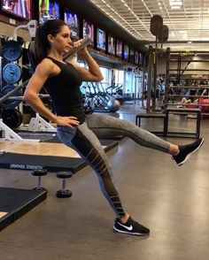 """10.5k Likes, 331 Comments - Alexia Clark (@alexia_clark) on Instagram: """"Landmine for the BEE-HIND 🐝🍑 1. 30seconds each leg or for a modified version put both feet on the…"""""""