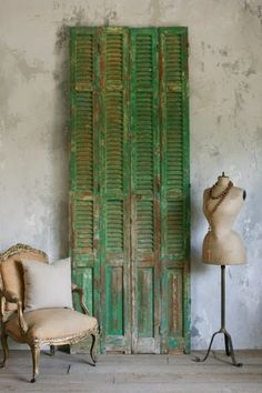 Using Shutters in Decor | The Beautiful Art of Recycling: Window Shutters