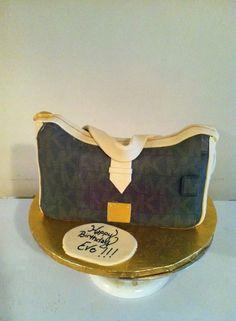 MK purse cake