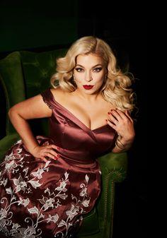 plus size Model Caterina Pogorzelski Hollywood Shooting/ Glamour / Plus size shooting