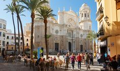 Cádiz, with sunshine pouring down on golden sands, ancient buildings and the sparkling ocean, Spain's far south-west lives up to its name.