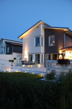 hus,trädgård,altan,belysning