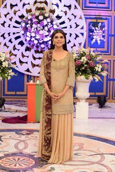 Nida Yasir Age, Height - How tall Ethnic Fashion, Asian Fashion, Women's Fashion, Wedding Wear, Wedding Dresses, Wedding Hijab, Wedding Outfits, Desi Clothes, Party Clothes
