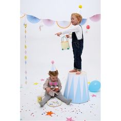 Silly Circus Party Hats By Meri Meri