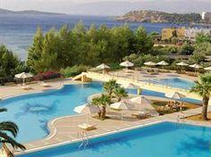 Griekenland Kreta Agios Nikolaos  Vanuit de verte zie je het complex al liggen en meteen krijg je dat gevoel van thuiskomen. In een rustige en groene omgeving direct aan een klein privé strand is Candia Park als een dorpje...  EUR 467.00  Meer informatie  #vakantie http://vakantienaar.eu - http://facebook.com/vakantienaar.eu - https://start.me/p/VRobeo/vakantie-pagina